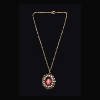necklace with pendant 51