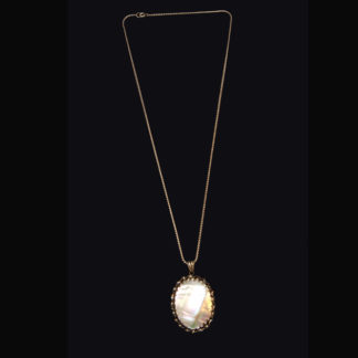 necklace with pendant 54