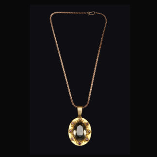 necklace with pendant 56