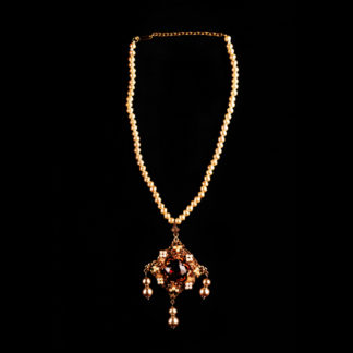 necklace with pendant 59