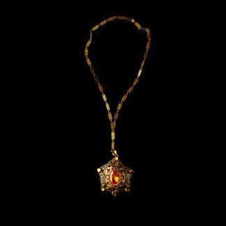 necklace with pendant 60