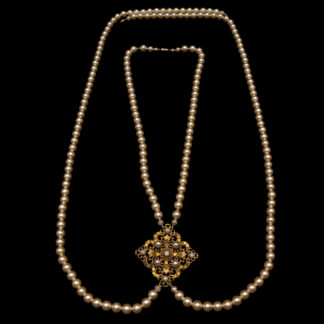 big necklace with pearls 10