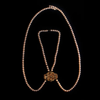 big necklace with pearls 19