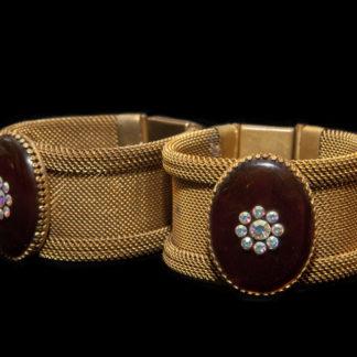 1800 bracelets 15-16