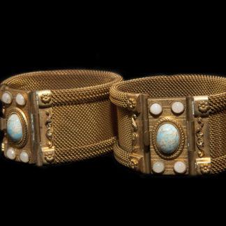 1800 bracelets 17-18