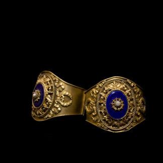 1800 bracelets 21-22